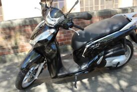 """Black Honda SH 300i ABS 2008 1 Owners Full Service History includes both keys, owner manual """