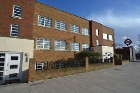 2 bedroom Apartment for rent: Derwent Road, Ealing