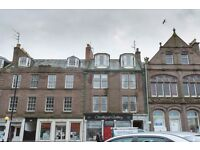 Bright spacious top floor flat, 2 Bedroom Montrose Angus