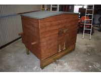 Chicken House with accessible egg boxes and handles for moving. Great Coop!