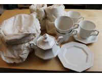 Heritage White Tea Set Pieces
