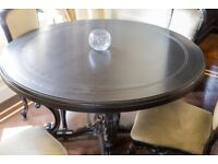 Large round dining table - Quick Sale