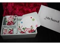 Cacharel Bone China Set