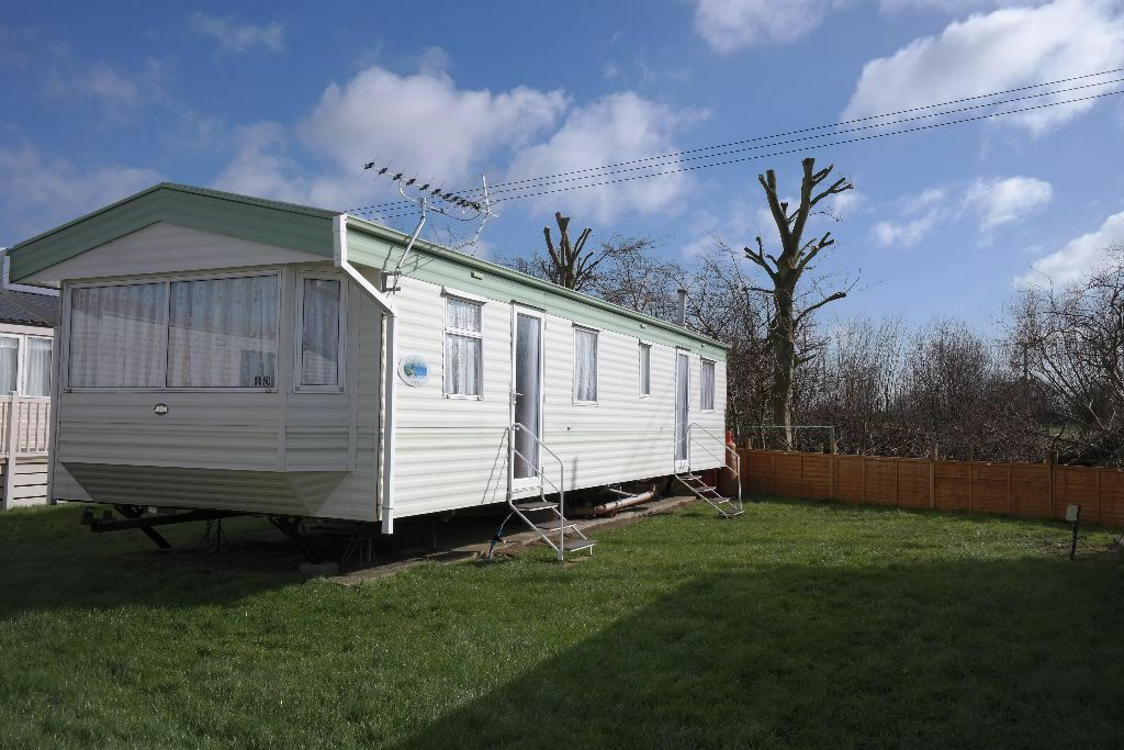 2 /3 bedroom caravans for hire/rent in Marlie park, New Romney, Kent. Pet/family friendly.