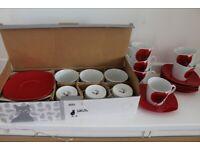 Tea set - 12 ppl red poppies