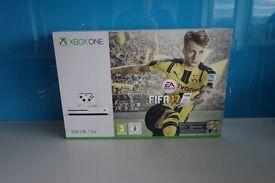Xbox One (white) FIFA 17 Bundle (500GB) **BRAND NEW & SEALED**