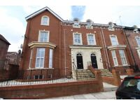 Balmoral Rd Fairfield Stunning Newbuild 2 Bed Apartment To Let Fully Furnished £560 Pcm