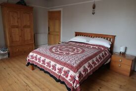 Large Double Room - SHORT LET