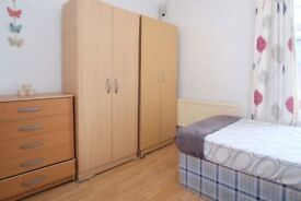 Double Room Available in Bow Road