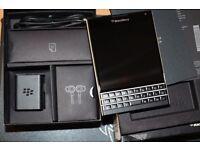 Blackberry Passport 4.5-Inch 32 GB , 3GB Ram, SIM-Free Smartphone - Black - like new