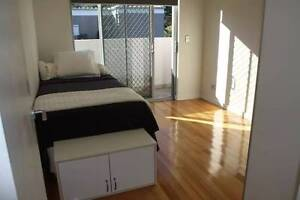 Comfy Bedroom by the Lake in North Narrabeen North Narrabeen Pittwater Area Preview
