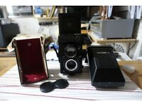 Yashica Mat 124G 120 roll film Camera.