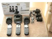 3 Panasonic KX-TG2513 digital cordless phones in mint condition