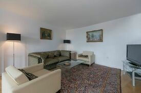 Stunning 2 Bedroom 2 Bathroom Split Level Apartment with Great River Views