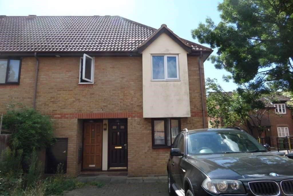 1 Bedroom Ground Floor Maisonette To Rent E16