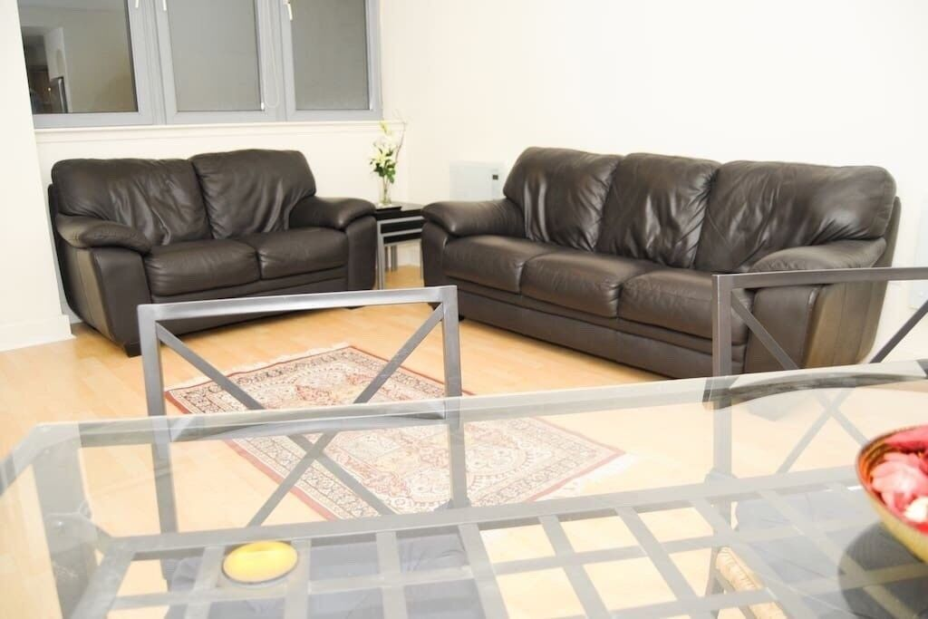 Serviced Appartment corporate letting Holiday Let short let Glasgow