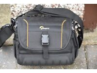 LOWEPRO ADVENTURA SH160 II CAMERA BAG