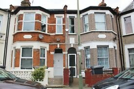 Studio Available to Rent in North Finchley, BRAND NEW, AVAILABLE NOW!!