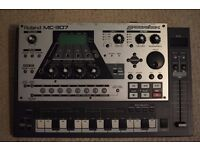 Roland MC-307 Groovebox