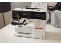 Bernina B380 Sewing Machine, slightly used, perfect condition, full package.