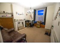 Spacious living hall floor 1 bed flat
