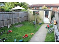 2 bed GROUND FLOOR + GARDEN. AVAILABLE NOW. Close to EAST FINCHLEY. EXCEL CONDITION N2 N12 N3