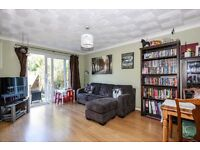 Woodland Road SE19 - Spacious & well presented two double bedroom ground floor conversion to rent