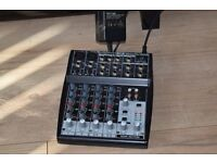 BEHRINGER XENYX 802 MIC.PREAMP 8 INPUT2 BUS ANALOGUE DJ MIXER/BEHRINGER POWER ADAPTER