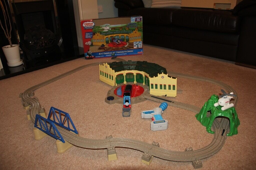 R/C Thomas at Tidmouth Sheds Train Set