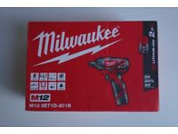 Milwaukee M12 Hex Screwdriver with battery - brand new