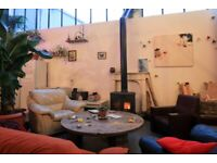 Double Rooms Large Shared Warehouse Conversion, Manor House, Bills Incl. Creative Community.