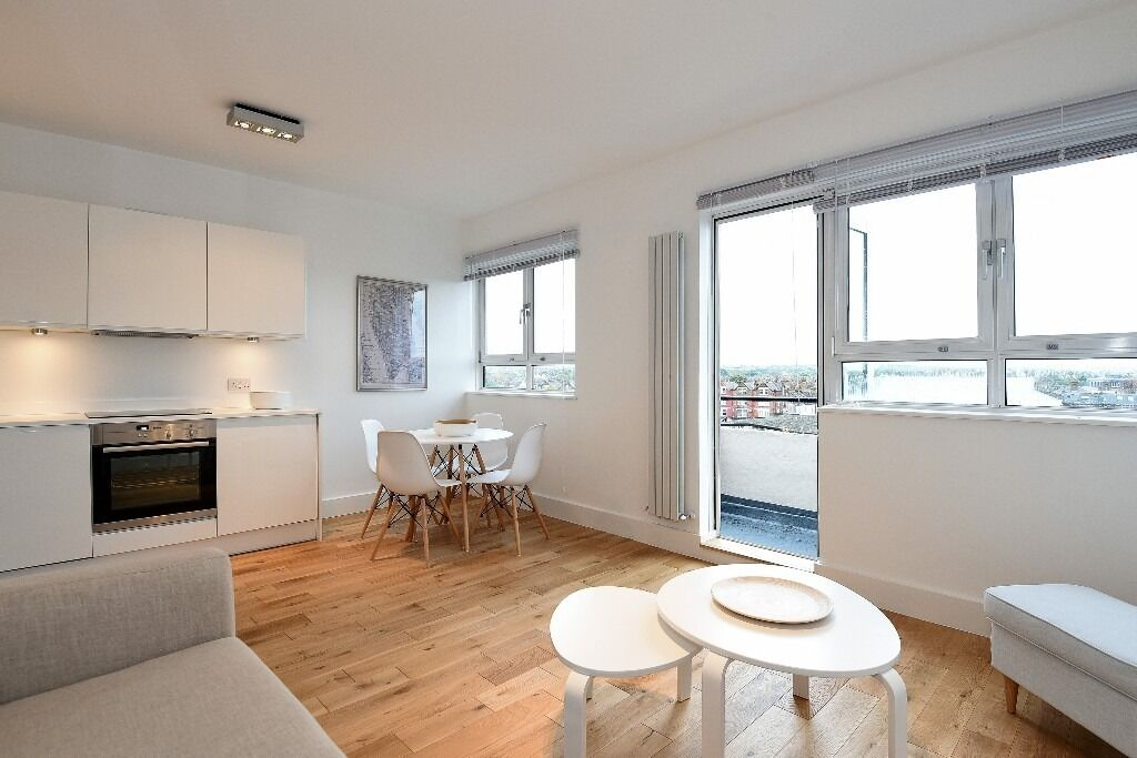 Lovely One Double Bedroom Flat, Alfred Butt House, Tooting Bec SW17, £1300 Per Month