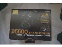 Nikon D5500 BODY + see below