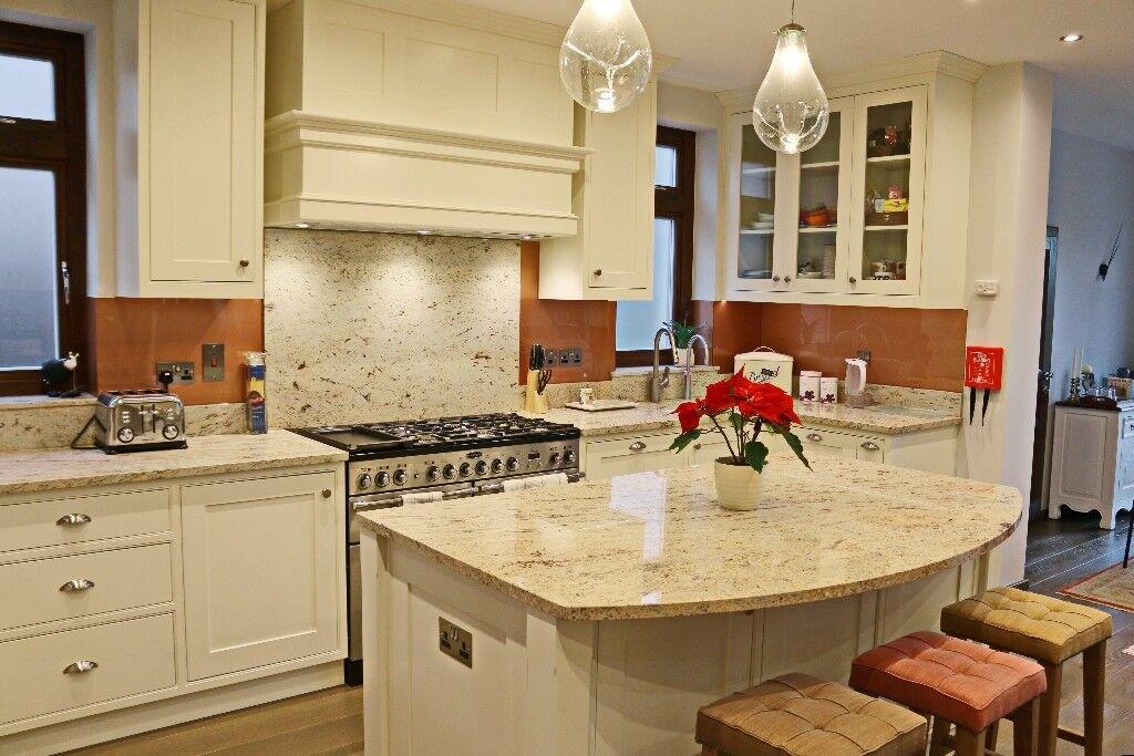 High Quality Carpenter Joiner Cabinet Maker Kitchen Wardrobe Alcove Unit Bathroom Study