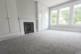 CROUCH END - LOVELY PERIOD 4 BEDROOM HOUSE PRESTIGIOUS ROAD