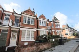 Two Bedroom Garden Flat In Crouch End
