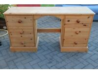 Pine wood dressing table with 6 draws