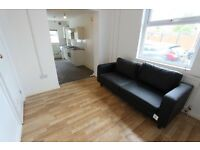GOODMAYES, ILFORD, BARKING, seven kings, Newbury Park. 2 Bed Close to train, shops & More IG11 IG3