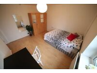 Room for you\Canary Wharf / Langdon park East