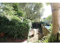 2 bedroom garden flat to rent in Muswell Hill, N10 £375pw