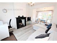 2 bedroom house in Fowlers Walk, Ealing, W5