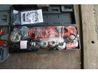 ELECTRIC SCEWING MACHINE AND DIES / PIPE THREADER (BRAND NEW)