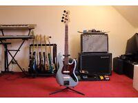 Fender Jazz Bass - Babicz Bridge, Hipshot tuners, Active EMG pickups