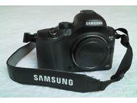 Samsung Camera NX20