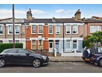 Split-Level Two Bedroom Period Conversion Seconds From Tooting Broadway Underground Station - SW17