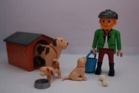 Playmobil-Dog and Puppies 3005