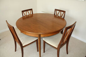 G PLAN Vintage Retro 1960,s CIRCULAR /EXTENDABLE TEAK DINING ROOM TABLE and 4 CHAIRS CREAM COVERS