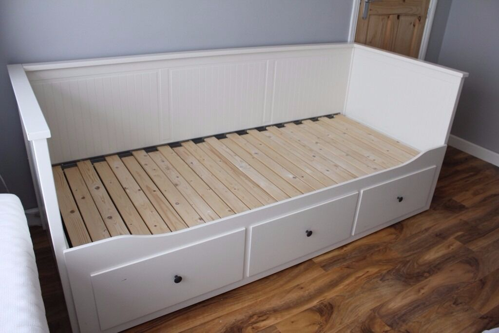 Ikea hemnes daybed in south east london london gumtree for Hemnes daybed ikea