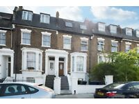 5 MINUTES TO ACTON TOWN TUBE. Bright and spacious 2 bed, 2 bath garden flat