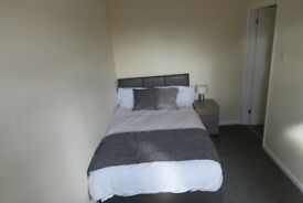 ONE DOUBLE ROOM LEFT IN COWLEY